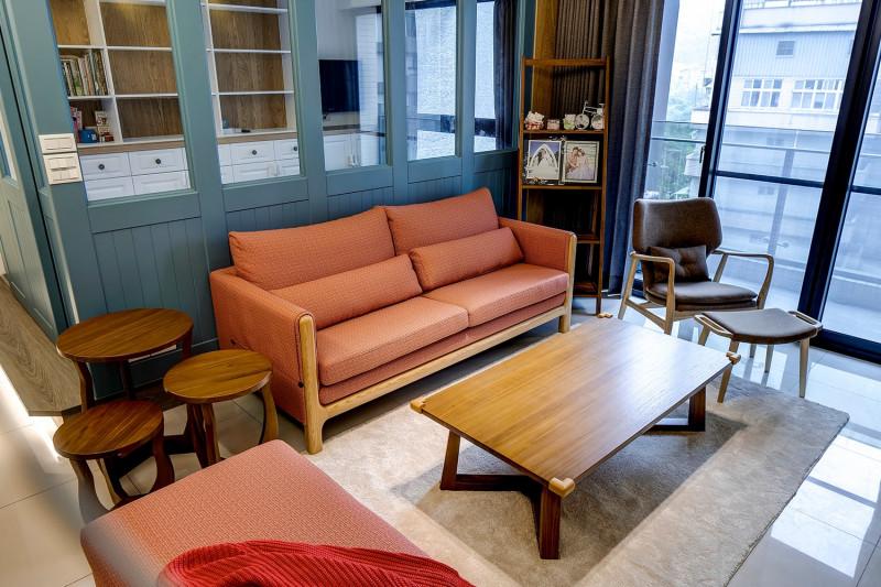 免費裝潢設計北歐風格客廳實木沙發實木茶几客廳隔間