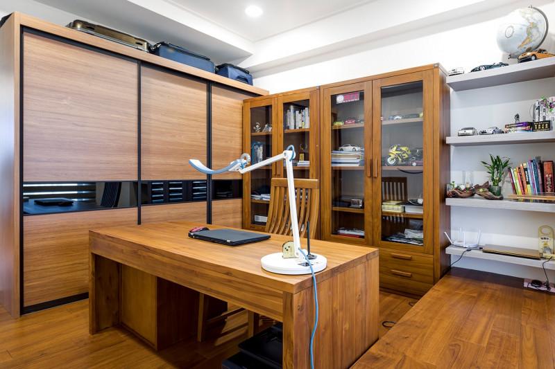 免費室內設計北歐風格書房實木書桌實木衣櫃實木地板